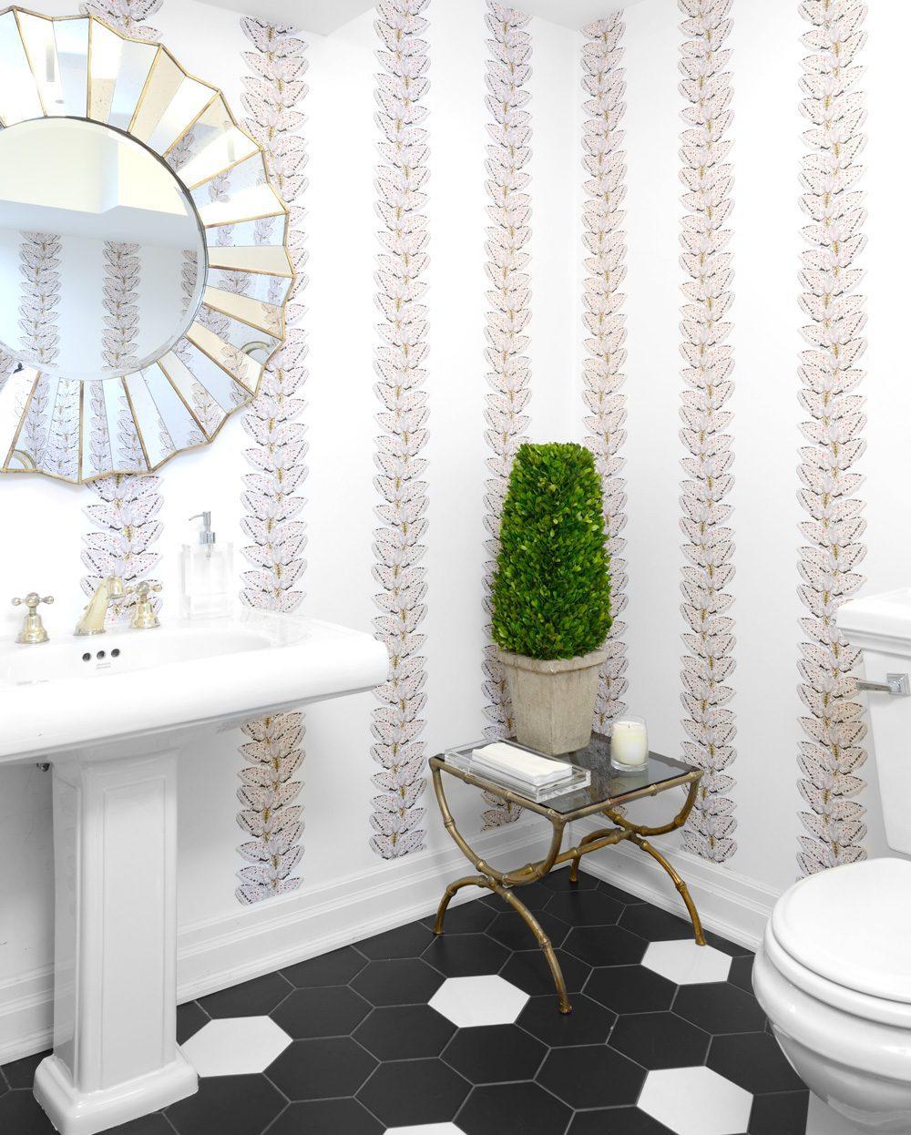 NewWall Showroom - Washroom